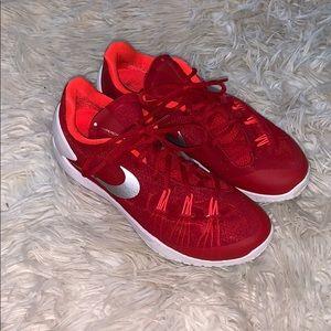 Nike Hyperchase Shoes